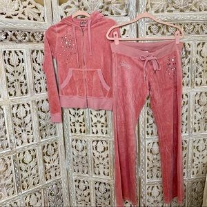JUICY COUTURE PINK STUDDED VELOUR TRACKSUIT SET